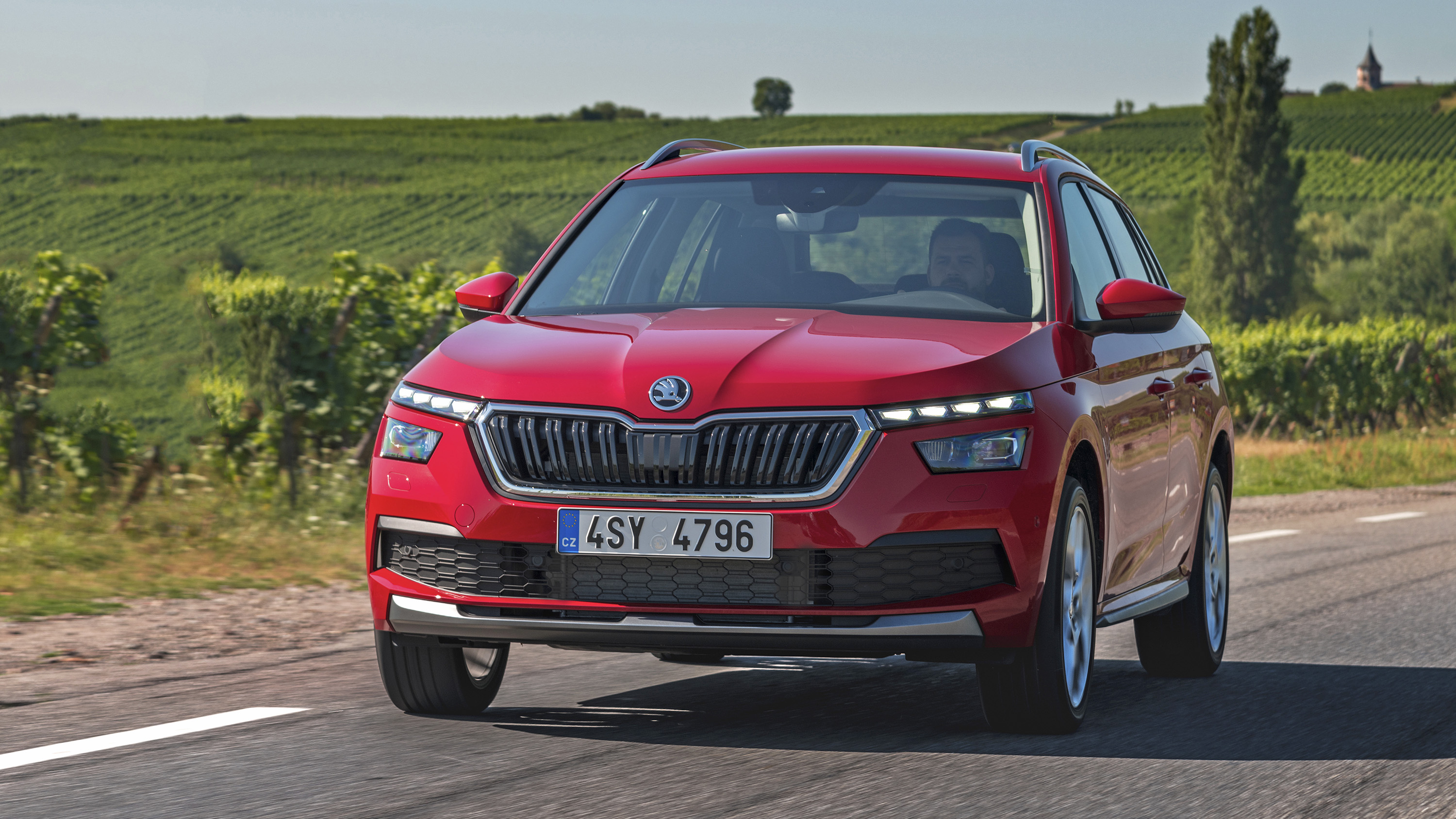 New Skoda Kamiq Suv Prices Specifications And Details Buyacar