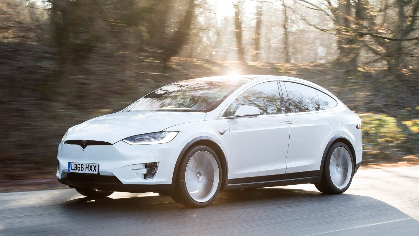 Tesla Model X Review and Buying Guide: Best Deals and Prices | BuyaCar
