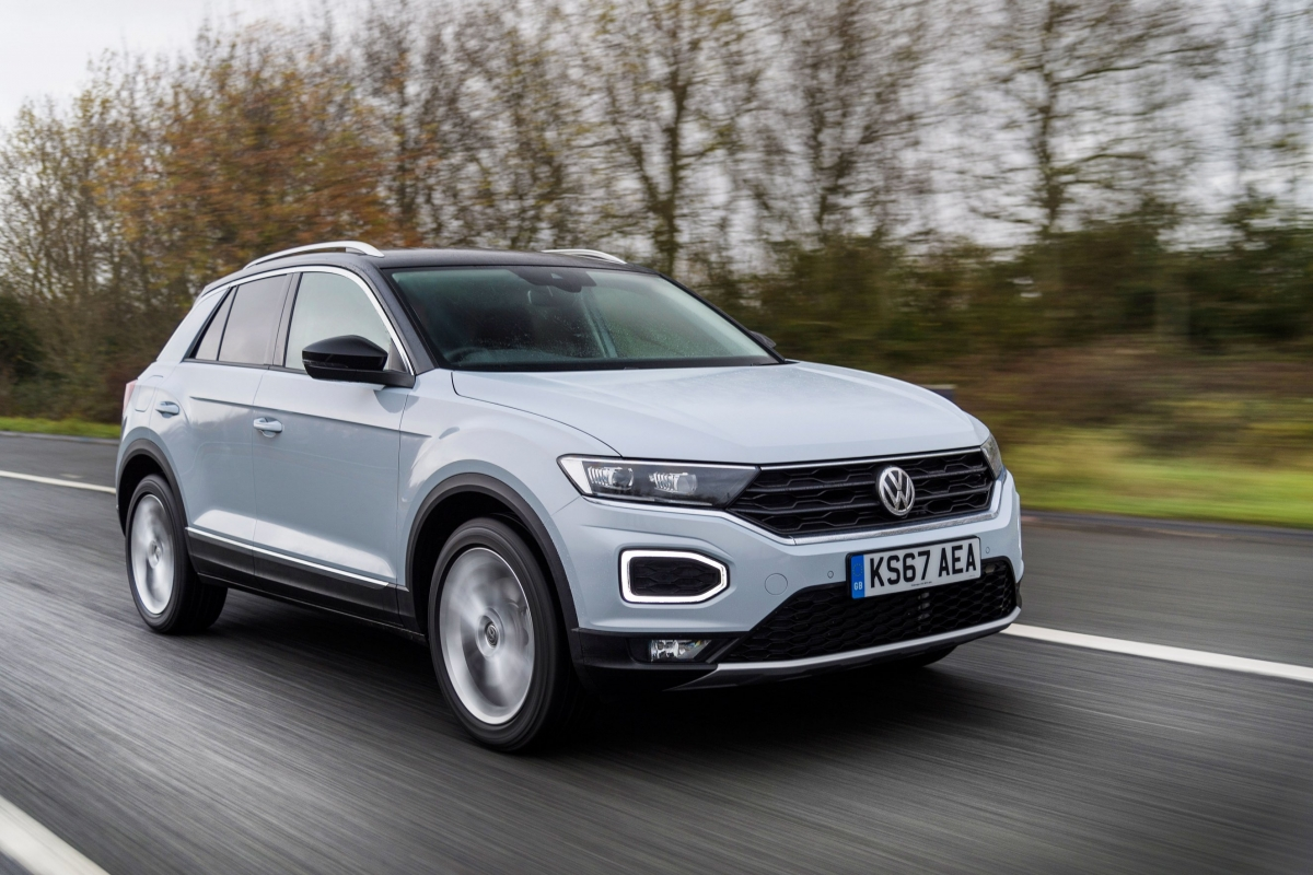 Volkswagen T-Roc Review and Buying Guide: Best Deals and Prices | BuyaCar
