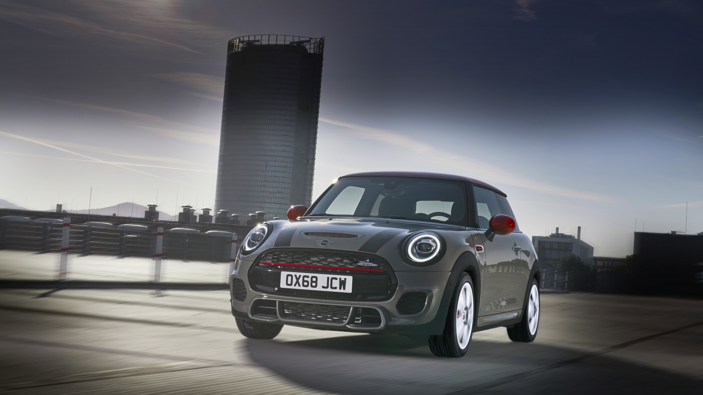 Mini Hatchback Review And Buying Guide Best Deals And Prices Buyacar