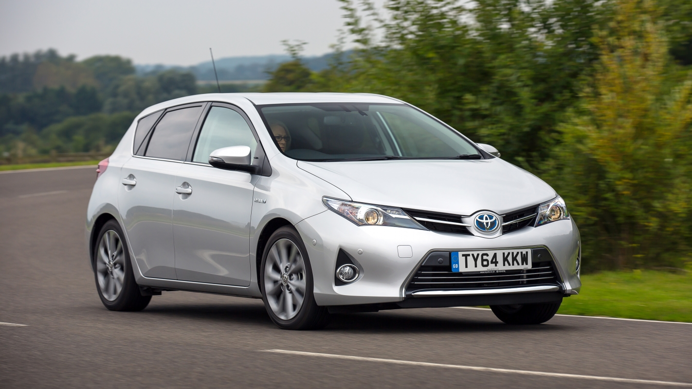 Toyota Finance Deals >> Toyota Auris Review and Buying Guide: Best Deals and ...