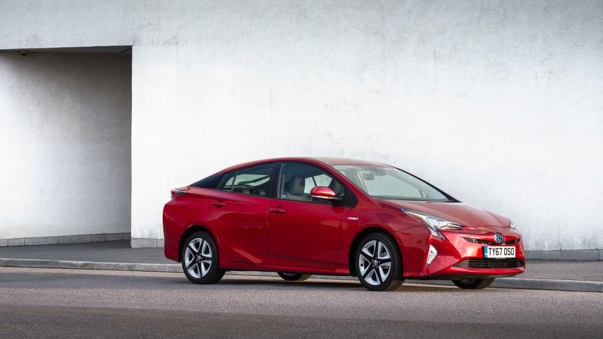 What is a hybrid car? | BuyaCar