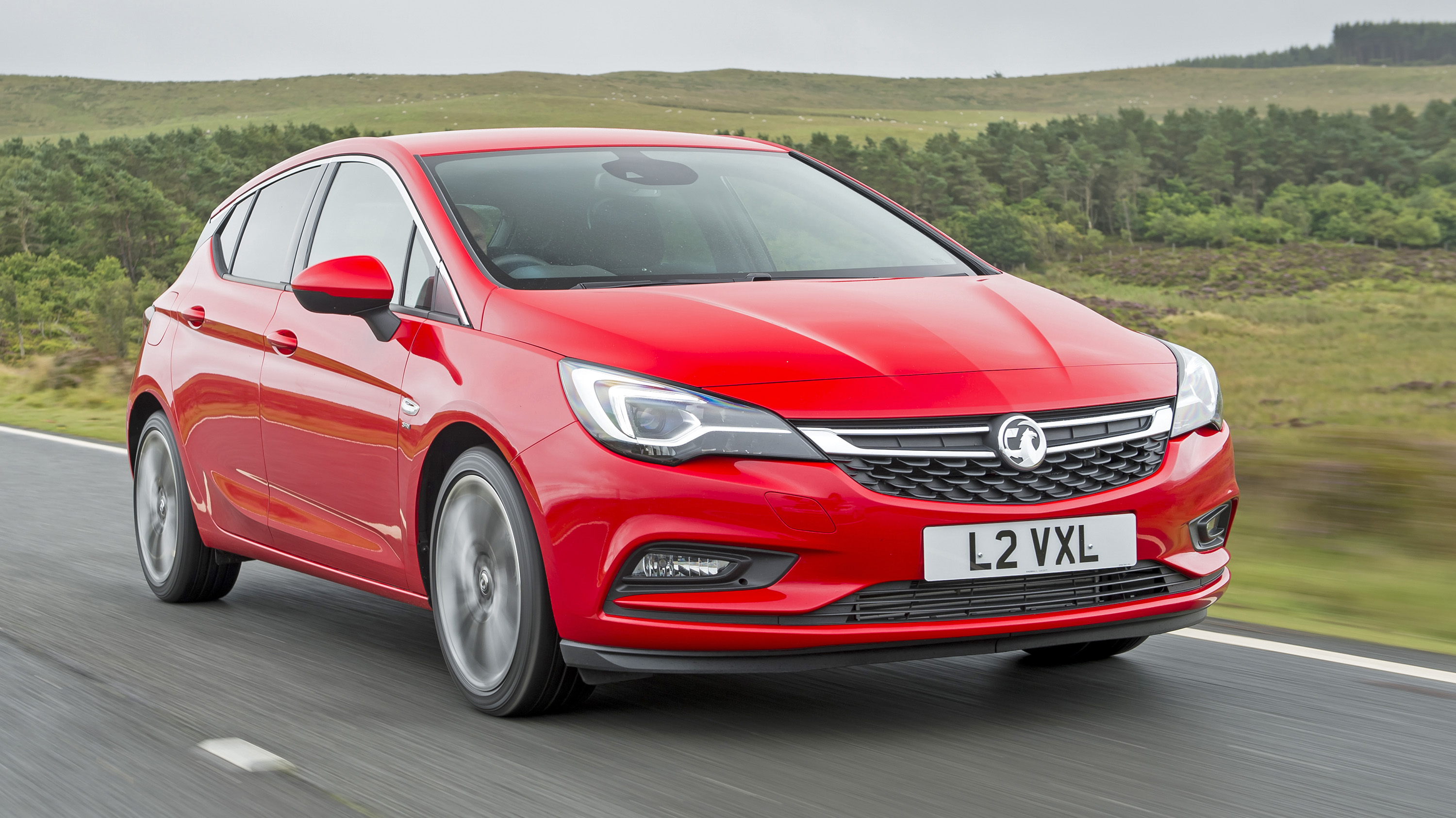 Vauxhall Astra Review And Buying Guide Best Deals And Prices Buyacar
