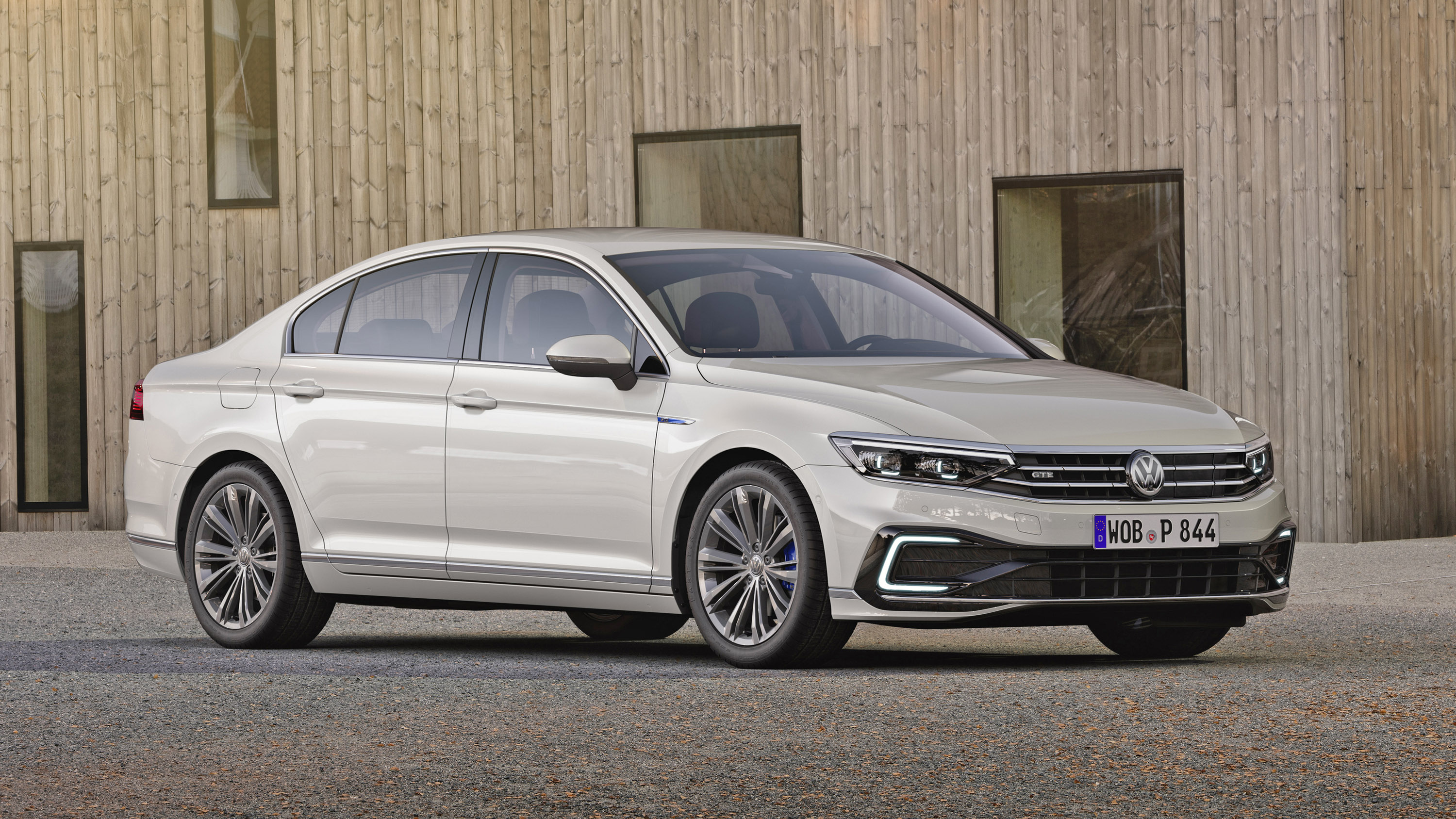 Volkswagen Passat Review And Buying Guide Best Deals And Prices Buyacar